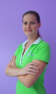 Dental assistant Eva Bada